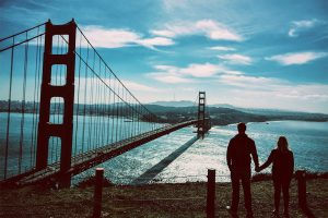 Where to take romantic pictures for Valentine's day-Bridge-photojaanic