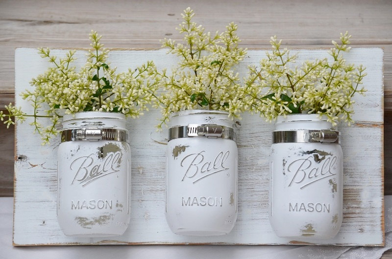 easy DIY wall decor ideas - mason jars