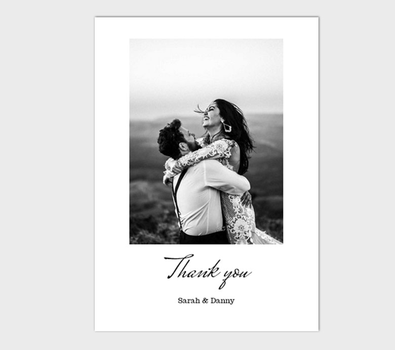https://www.photojaanic.sg/sites/all/themes/bootstrap_business/images/products/weddingthankyou/Contemporary_medium_1.jpg